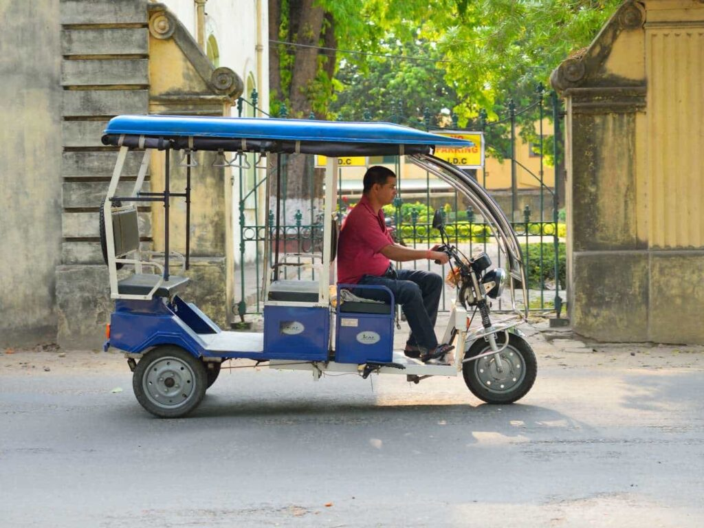 E-Rickshaw Driving